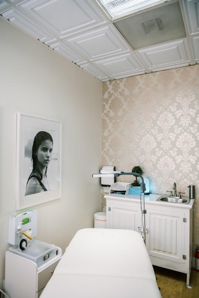 DModern-Beauty-Beauty-Studio-Laguna-Niguel-14